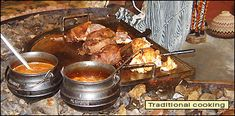 Top 10 famous South African dishes - by Howard Hillman - La Toyza - Top 10 famous South African dishes - by Howard Hillman Top 10 famous South African dishes - by Howard Hillman - South African Dishes, South African Recipes, Etiquette And Manners, Holiday Tables, Tasty Dishes, Soul Food, A Table, A Food, Cooking