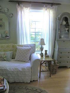 White Sofas White On White And Sofas On Pinterest