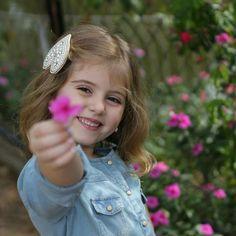 Beautiful Little Girls, Cute Little Girls, Beautiful Children, Cute Kids, Baby Girl Photography, Children Photography, Photography Poses, Cute Baby Girl, Cute Babies