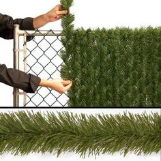 3 Simple and Creative Tricks Can Change Your Life: Steel Fence Projects chain link fence front yard.Iron Fence Planters stone fence with iron.Small Fence For Dogs. Outdoor Projects, Home Projects, Artificial Hedges, Chain Link Fence, Outdoor Living, Outdoor Decor, Outdoor Events, Backyard Landscaping, Backyard Ideas