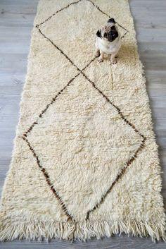 Moroccan Beni Ourain Wool Runner Rug or Wall Hanging Cream and Brown Long 2 Big Diamonds 3' x 7.5' from etsy.com/shop/twogirlsandapug #beniourain #beni #moroccanrug #flokati #creamrug #bohostyle #diamondrug #pug #pugheadtilt #cutepugs