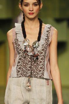 combine fabric to create texture