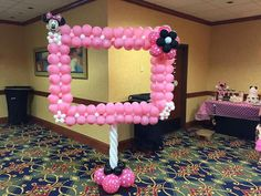 Сreative figures from balloons Minnie Mouse 1st Birthday, Minnie Mouse Theme, Minnie Mouse Baby Shower, Baby Mouse, Baby Birthday, Minnie Mouse Balloons, Birthday Ideas, Minnie Mouse Decorations, Baby Party