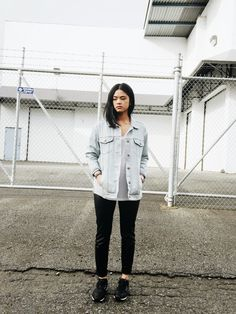 ToThe9s / spring_ fall_ jean jacket, white shirt, sneakers