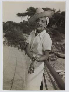Elsa Schiaparelli 's Private album, in vacanza sulla Costa Azzurra