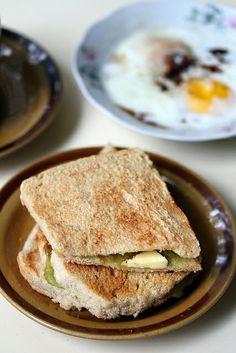kaya toast and half boiled egg :D