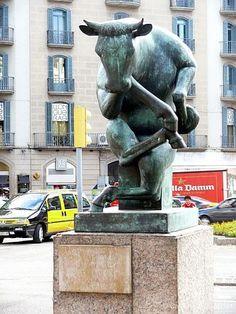 Bull sculpture on the upper part of La Rambla, Barcelona, Spain.