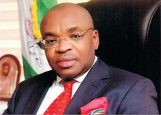 Governor Udom Redeems N65million Pledge to Akwa United for Winning 2015 Federation Cup