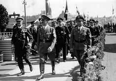 Hitler and Admiral Horthy (to Hitler's right) Regent of Hungary. Horthy brought Hungary into on the side of Germany but he was never trusted by Hitler. In March Horthy was overthrown and Germany occupied Hungary. Nazi Propaganda, The Third Reich, Beautiful Posters, German Army, Rare Photos, Image Shows, World War Ii, Ww2, Old Things
