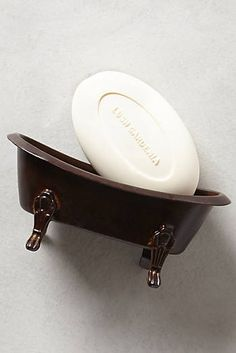 65626e0560 Claw Foot Soap Dish from Anthro - haha! So cute! Anthropologie Home