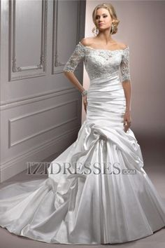 Trumpet/Mermaid Scoop Taffeta Wedding Dress - IZIDRESS.com