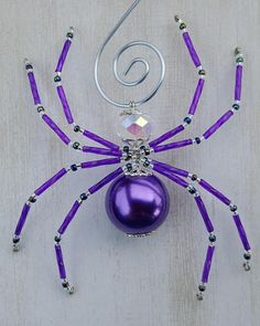 Best 12 Violet Pearl and Crystal Christmas Spider Ornament Beaded Crafts, Wire Crafts, Jewelry Crafts, Christmas Spider, Christmas Tree, Christmas Crafts, Crystal Beads, Crystals, Beaded Spiders