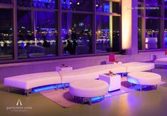 Endless-Lounge