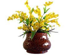 Arranjo de Orquídea Chuva de Ouro   Vaso cerâmico textura animal print  FRETE GRÁTIS R$129,90
