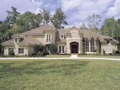 I love this Florida style home! I love stucco on a house!