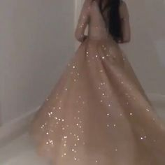 Sparkly Prom Dresses, Pretty Prom Dresses, Prom Dresses Long With Sleeves, Ball Dresses, Elegant Dresses, Evening Dresses, Indian Gowns Dresses, Indian Fashion Dresses, Princess Wedding Dresses