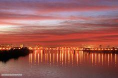 Sunset over the Blue Nile bridge, Khartoum  غروب فوق كبري النيل الأزرق، الخرطوم  (By Mohammed Ali)   #sudan #khartoum #bluenile #nile #sunset
