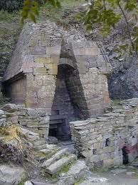 """Pozzo sacro """"Su Tempiesu""""  - Orune (NU) Sardegna"""