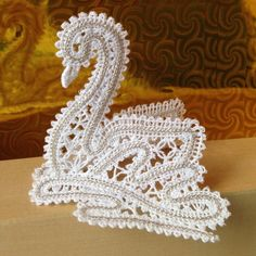 Advanced Embroidery Designs - Freestanding Battenberg Lace Swan Ornament
