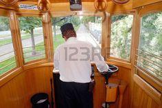 3791443-el-conductor-de-la-praga-historica-tranvia.jpg (450×301)