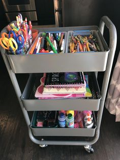 Create a rolling art cart for Organizing kids art supplies. #organization #kidsorganization #craftorganization #artsupplies #artsupplycart #artcart #organizingideas #smallspaces #bedroomorganizingideas
