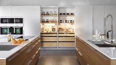 Wandkasten van breedte 180 cm met volledige schuifdeuren