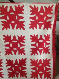 Antique Late 19th C Handmade Hand Sewn RED & WHITE ~ OAK LEAF & REEL Quilt 68X81
