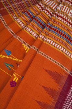 A heavy weight Bomkoi vs mercerised cotton Sambalpuri?   https://www.thecocompany.in/products/orange-bomkoi-saree  #Sustainable #ReverseMigration #TheCoCompany #Weavers #Weaves #HandloomSaree #HandwovenSaree #Sari
