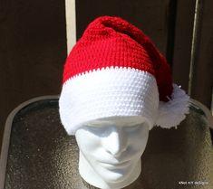 Unisex Crochet Santa Claus's Hat - Free Pattern by Apeksha Prasad at Knot My Designs.