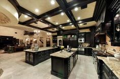 This is an INSANELY large kitchen! I love how this is such a big kitchen. Looks like the size of my whole entire house. If I am going to do this I would take out the side bar.