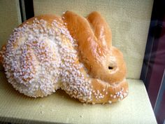 2 posts published by Bunny Eats Design on October 2010 Easter Recipes, Easter Food, Easter Ideas, Cute Food, I Love Food, Dinner Bread, Homemade Pretzels, Food Obsession, Easter Holidays