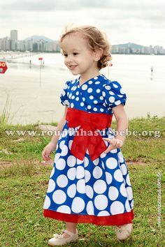 Vestido Tema Festa Galinha Pintadinha. Outros modelos disponíveis em http://www.eroupasdebebe.com/vestido-galinha-pintadinha