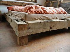 gerenda ágykeret Rustic Bedroom Furniture, Rustic Bedding, Bed Furniture, Furniture Design, Antique Furniture, Wood Bedroom Sets, Rustic Bedroom Design, Loft Design, Bed Design
