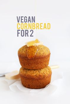 CRUMBLY, perfect 1-Bowl Vegan Cornbread FOR TWO! #vegan