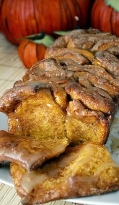 Cinnamon Pumpkin Bread - It's packed with #autumn scents. #food