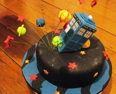 DR WHO and The Tardis Cake