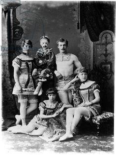 Isis' Wardrobe: Victorian circus inspiration