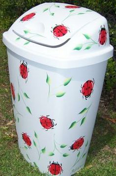 Ladybug Kitchen Decor | ... in painted kitchen wastebaskets next in painted kitchen wastebaskets