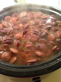 Crock Pot Red Beans and Rice. So easy and perfect for Mardi Gras! *Delish – care… Crock Pot Red Beans and Rice. So easy and perfect for Mardi Gras! *Delish – careful not to overcook/burn – give it plenty of low and slow time* Crock Pot Food, Crockpot Dishes, Crock Pot Slow Cooker, Slow Cooker Recipes, Cooking Recipes, Cajun Recipes, Rice Recipes, Dinner Recipes, Recipies
