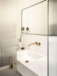 Bathroom mirror design modern mid century 49 Ideas for 2019 Bathroom Mirror Design, Modern Bathroom Design, Bathroom Interior Design, Modern House Design, Modern Interior Design, Home Design, Contemporary Interior, Bathroom Mirrors, Design Interiors