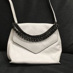Milly Bag Milly crossbody bag in off white with silver chains. Never been used but no tags. Milly Bags Crossbody Bags