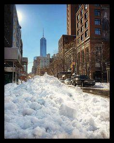#blizzard. #blizzardjonas. #blizzard2016. #newyork. #thebigapple. #snowmeggedon. #jonas. #snow. #oneworldtradecenter. #ilovenewyork.  thank you @nyc. by dmidagad