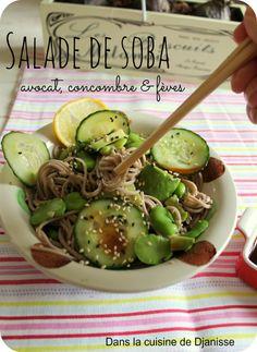 Salade soba, avocat, concombre, fèves