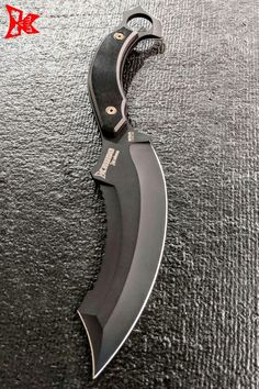 Protect what's important with KRUDO fixed blade knives. Ready for action whether hunting, fishing or tactical needs. The only knife you will need is here. Fantasy Blade, Fantasy Weapons, Forging Knives, Tactical Knives, Survival Weapons, Weapons Guns, Swords And Daggers, Knives And Swords, Dagger Knife
