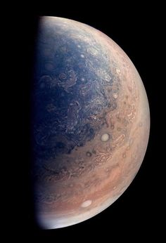 Early science results from NASA's Juno mission to Jupiter portray the largest planet in our solar system as a complex, gigantic, turbulent world, with Earth-sized polar cyclones, plunging storm systems that travel deep into the heart of the gas giant. Cosmos, Jupiter Photos, Nasa Juno, Juno Spacecraft, Space Probe, Planets And Moons, Nasa Planets, Space And Astronomy, Outer Space