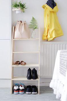 DIY-Ladder-Shelf-16 --> langer + hoger + 5 planken = boekenkast