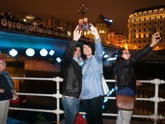 """Gau Zuria 2016 - Noche Blanca 2016 Bilbao Hemos participado en multiples espacios,en el marco de la""""Noche Blanca de Bilbao - Gau Zuria 2016"""" y aunque la lluvia nos ha jugado una mala pasado, no nos ha detenido en nuestro empeño por ofrecer"""