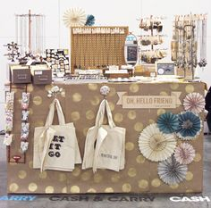 I think I might have to spice up my craft fair display next year!  This is pretty adorable