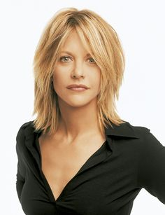 Modern Meg Ryan hairstyle architecture - New Site Medium Thin Hair, Short Thin Hair, Medium Hair Styles, Short Hair Styles, Short Cuts, Meg Ryan Hairstyles, Hairstyles With Bangs, Straight Hairstyles, Meg Ryan Haircuts