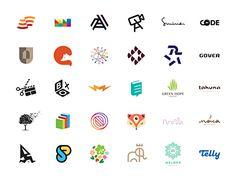 LogoLounge 9 by Paul Saksin